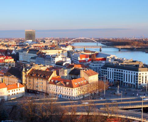 Sú byty na Slovensku momentálne drahé?